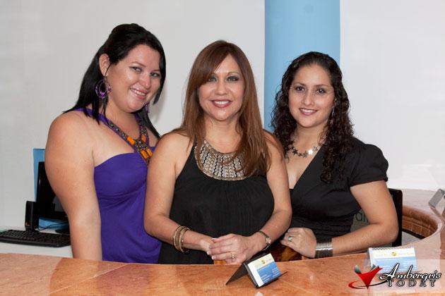 Delsie, Star Nuñez & Perlita at the opening of Reef Realty