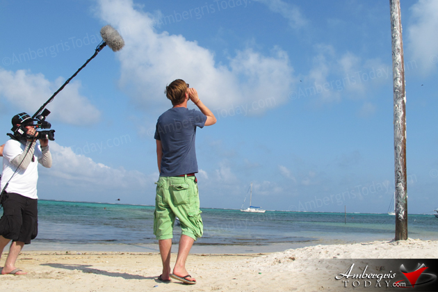 Endemol Germany - Films the Greasy Pole in San Pedro