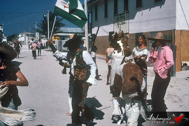 Carnaval Back In The 1970's -Comparsas