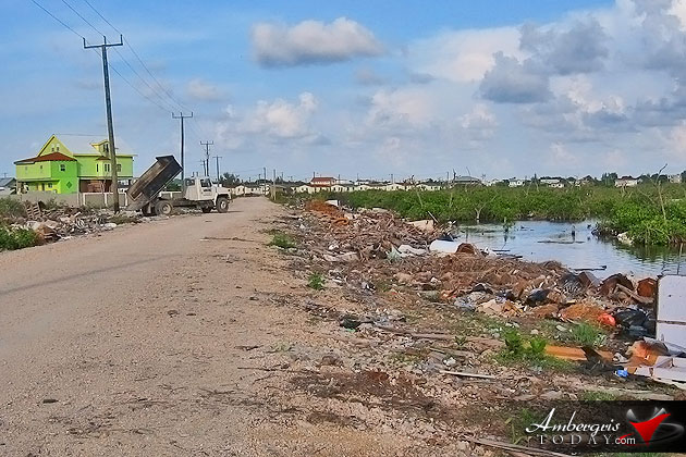 Tourist Saddened by Garbage Situation on Ambergris Caye