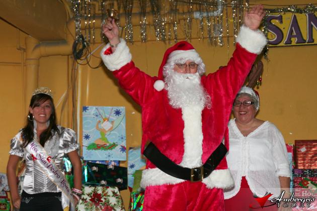 Lions start sharing the Christmas Spirit