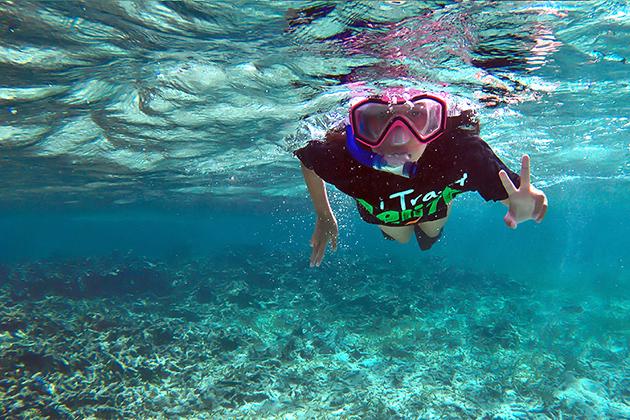 Eleven Year Old Blogger Madison Edwards to Snorkel Belize Barrier Reef