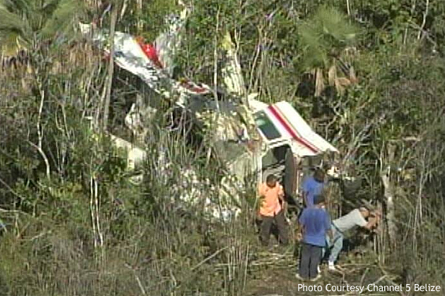 Mexican Plane Crashes Near Belize Zoo