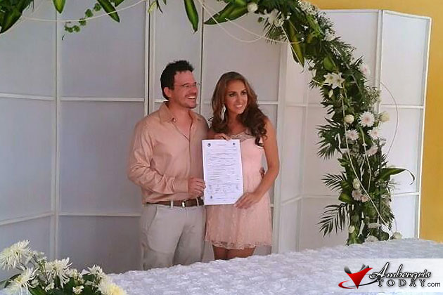 Miss Costa Maya 2012 Natalia Villanueva weds in Mexico