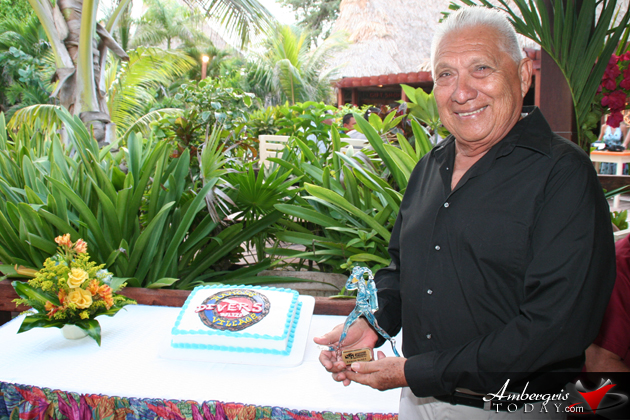 Diving Legend Ramon Nuñez Sr. Awarded