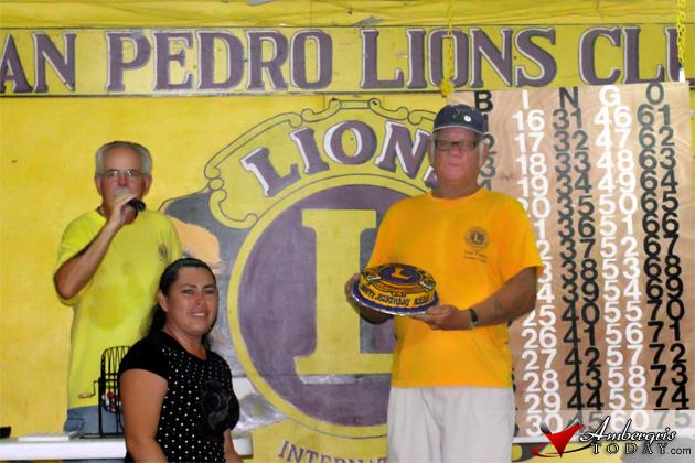 San Pedro Lions Bartender celebrates Birthday at Lions Bingo Night