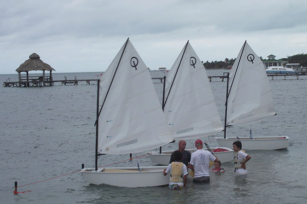 Three Undaunted Students brave threathening skies to learn to sail