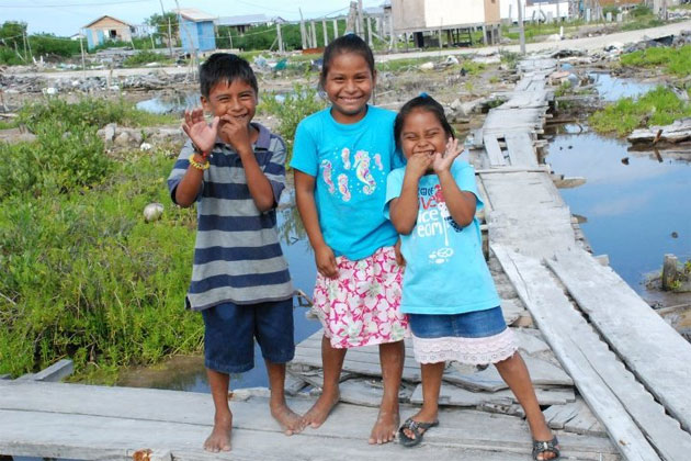 Children of the San Mateo Area in San Pedro