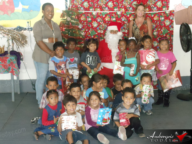 Friends of Holy Cross Spread Christmas Joy