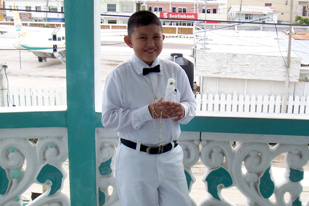 Rowel Celebrates his First Holy Communion