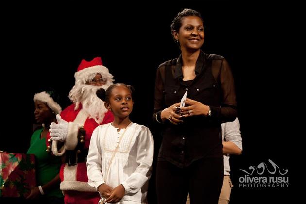 Kim Simplis Barrow and Special Envoy for Women & Children Host Christmas Concert