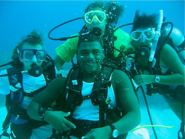 Instructor Everette of Belize Diving Adventures with his students - Camp 2011