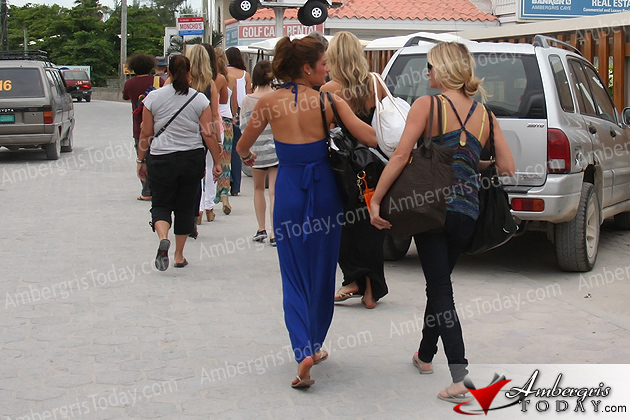 The Bachelor contestants arriving in San Pedro