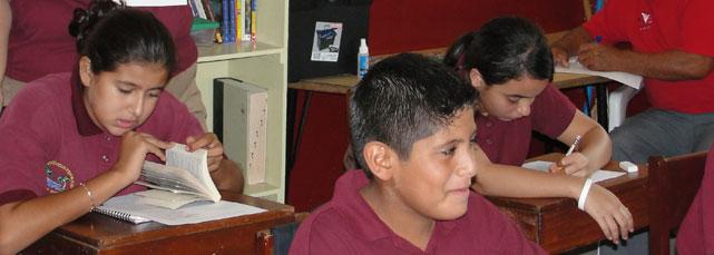 Students at Isla Bonit Elementary School