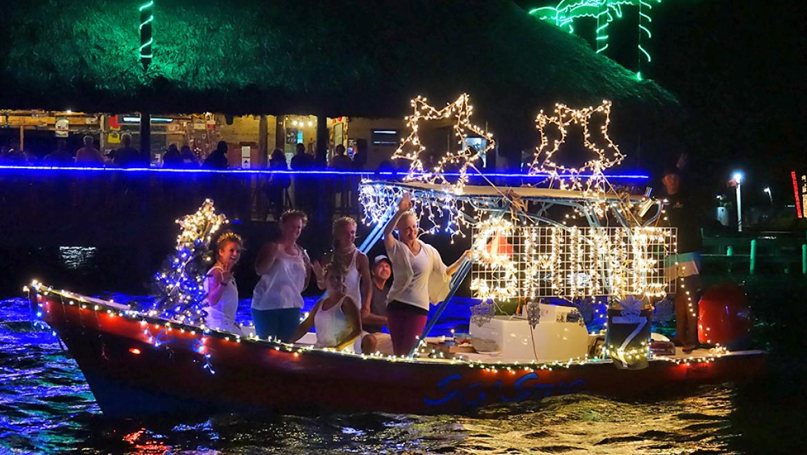 Holiday Boat Parade Shines Bright with $10,000 in Prizes