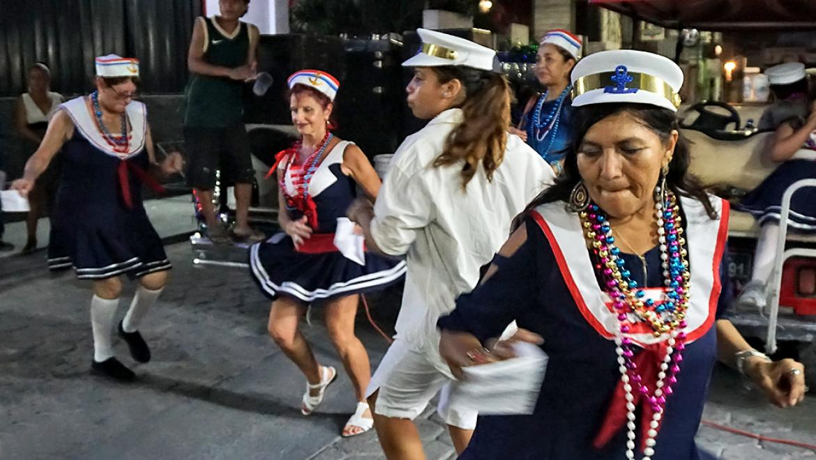 Is the Carnaval Comparsa Dying Out?