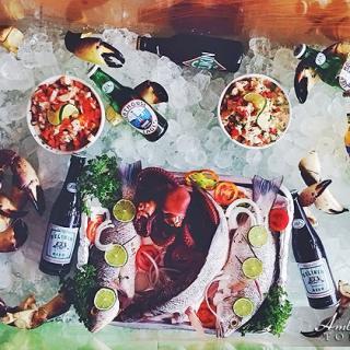 A variety of Seafood on Display at Waraguma Restaurant, San Pedro