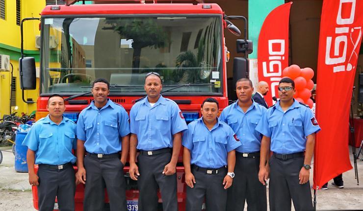Digi Hands Over Fire Truck to San Pedro